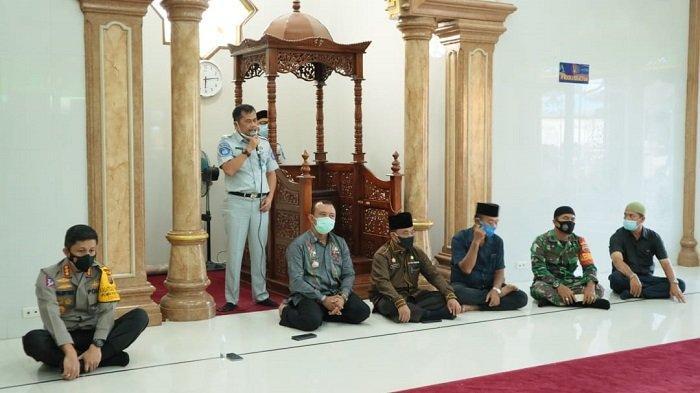Kata sambutan Kepala PT Jasa Raharja Cabang Sumatera Utara Bapa Jhon Veredy Panjaitan bertempat di Mesjid Al Iman dusun kenanga Laut Dendang Kec Percut Sei Tuan