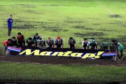 Jelang Pertandingan PSMS Medan VS Kwarta Stadion Teladan Diguyur Hujan