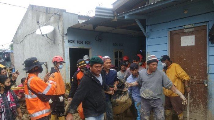 Lima Orang Tewas Akibat Longsor di Kabanjahe, Polisi Minta Warga Sekitar Mengungsi