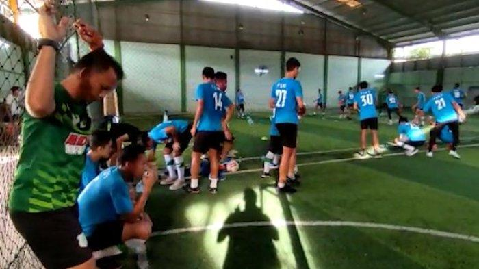 Sejumlah skuat PSMS Medan melaksanakan latihan di Palembang. TRIBUN MEDAN/Sofyan Akbar