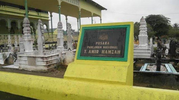 Tengku Amir Hamzah, Pahlawan Nasional, Makamnya Ada di Pemakaman Masjid Azizi Langkat
