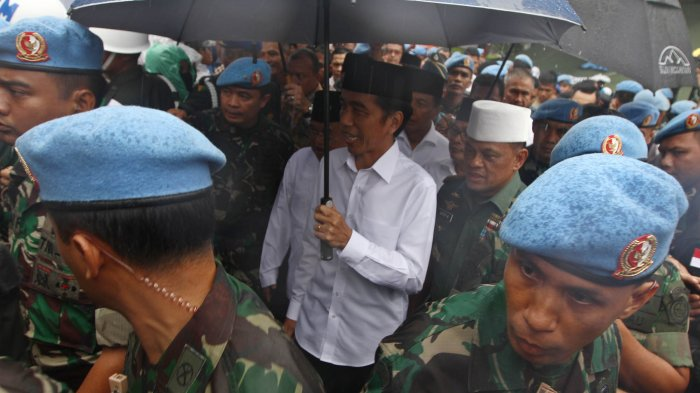 Payung Pak Jokowi dan Perbuatan Makar