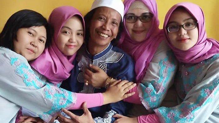 Mandra dan Keluarganya