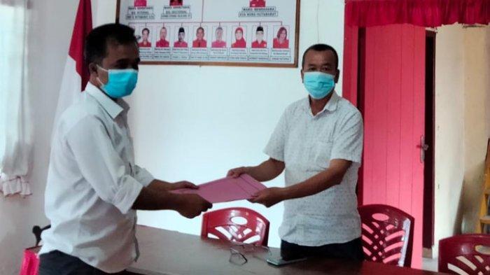 Datangi Kantor PDI-P, Mantan Ketua KPU Mangasi Purba Mendaftar Jadi Calon Wakil Wali Kota Siantar