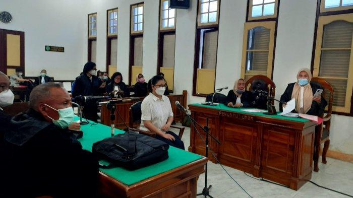 Saksi Tidak Hadir, Sidang Sindir Pelakor Lewat Medsos Ditunda Hingga Kamis Mendatang