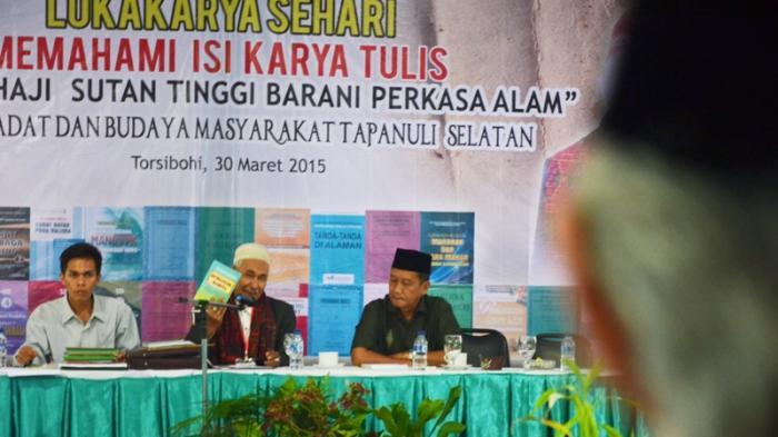 Tambang Emas Martabe Lestarikan Budaya Tapsel Lewat Lokakarya Sastra