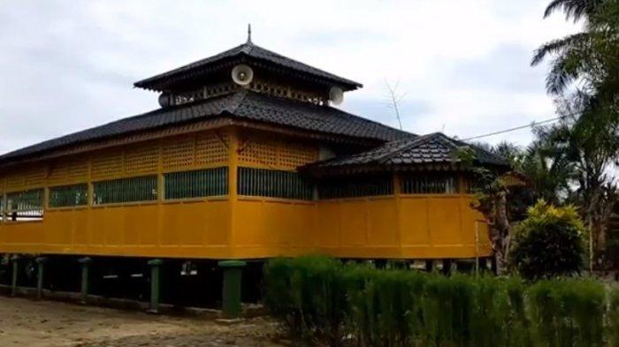Masjid Ar-Rahman, Sudah Berdiri Kokoh sejak 1775, Miliki Bangunan yang Khas