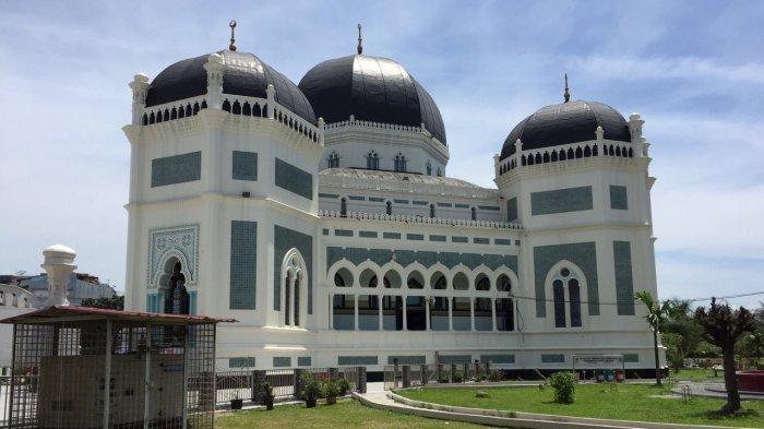 Masjid Raya Al Mashun, di Jalan Sisingamangaraja, Nomor 61, Kelurahan Teladan Barat, Kecamatan Medan Kota, Kota Medan, hari Kamis (28/2/2019)