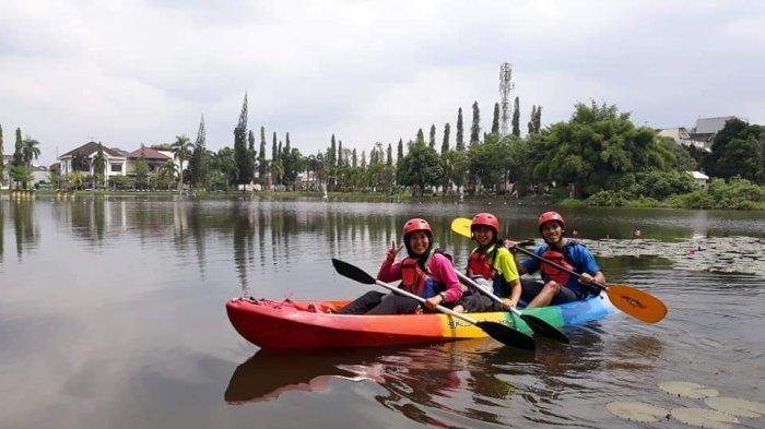 Taman Cadika, Area Umum yang Menyediakan Fasilitas Olahraga Kayak untuk Keluarga