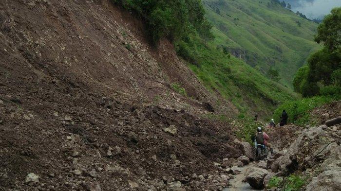 Warga Khawatir Beberapa Titik Rawan Longsor di Kecamatan Bakkara, Pemerintah Diminta Turun