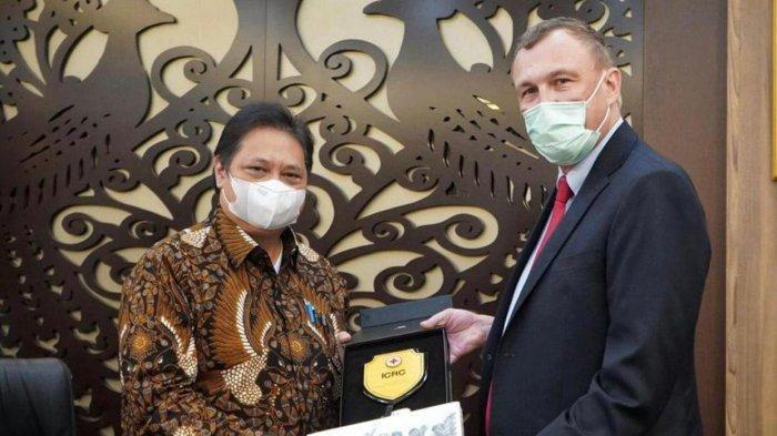 Airlangga Terima Audiensi Komite Internasional Palang Merah, Potensi Kerjasama Vaksinasi Wilayah 3T