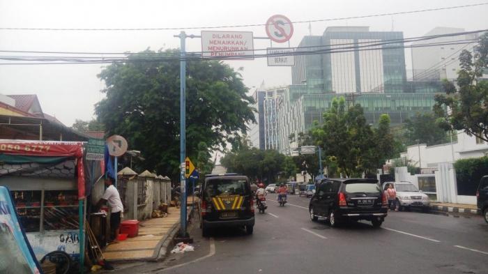 Mobil Shabara Polda Sumut Tak Disiplin Lalu Lintas
