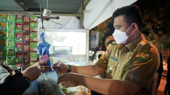 Bobby Nasution Borong Gorengan, Dibagikan ke Pekerja Pembetonan Jalan