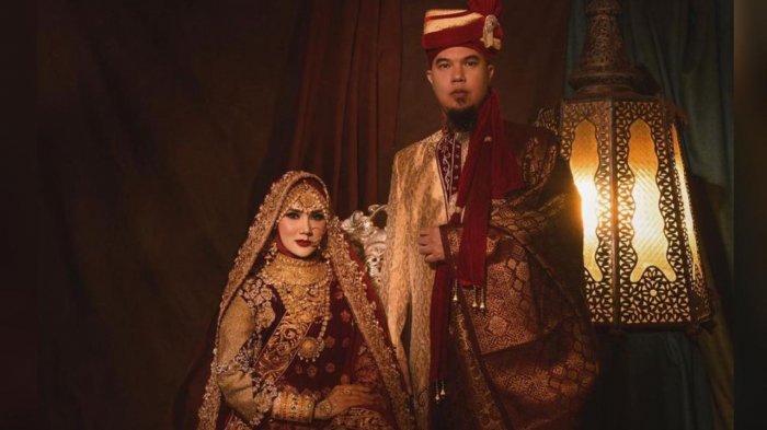 Mulan Jameela dan Ahmad Dhani kenakan pakaian India