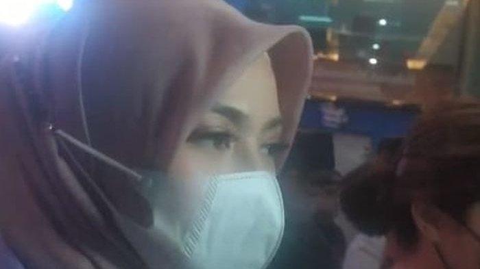 Dokter Kandungan Larang Nathalie Holscher Berhubungan Intim untuk Sementara