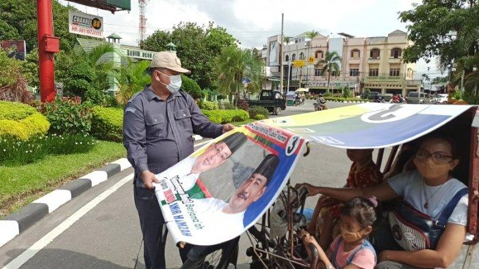 Minggu Tenang Pilkada, Bawaslu Binjai dan Tim Gabungan Tertibkan APK di Kendaraan Bermotor
