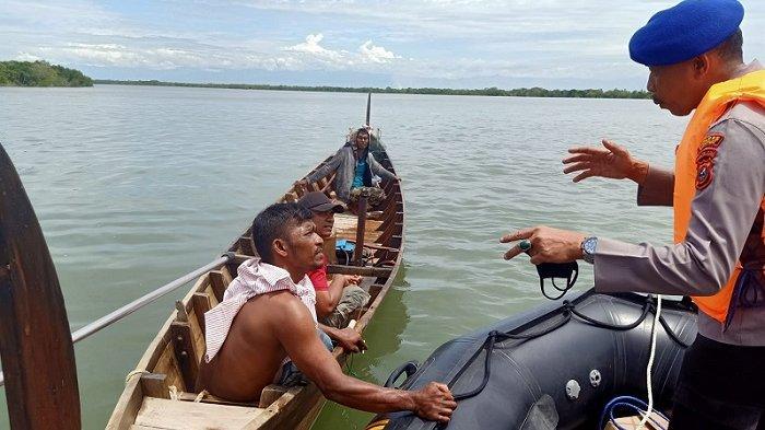Badai Hantam Perairan Langkat, Seorang Nelayan Hilang Terseret Ombak