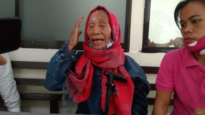 PILU, Nenek Usia 80 Tahun Esterlan Sihombing Dituntut 3 Bulan Percobaan Kasus Pencurian Buah Sawit