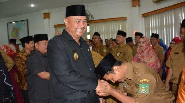 SOSOK Ngogesa Sitepu, Mantan Bupati Kabupaten Langkat, Habiskan Masa Kecilnya di Padang Brahrang