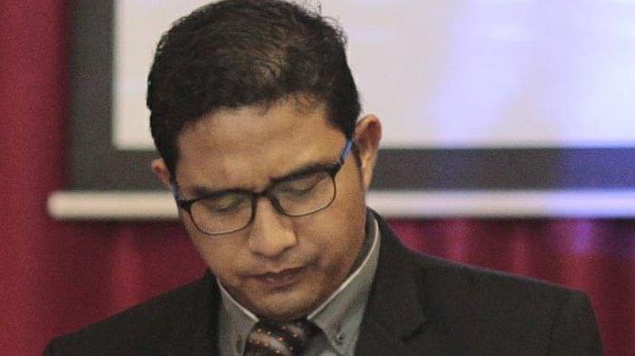 Puluhan Orangtua Demo Kepsek Cabul di Medan, Minta Pendeta Benyamin Sitepu Dikebiri