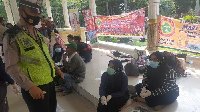 Awasi Penerapan Protokol Kesehatan, Polsek Medan Barat Imbau Warga Disiplin Lakukan 3M
