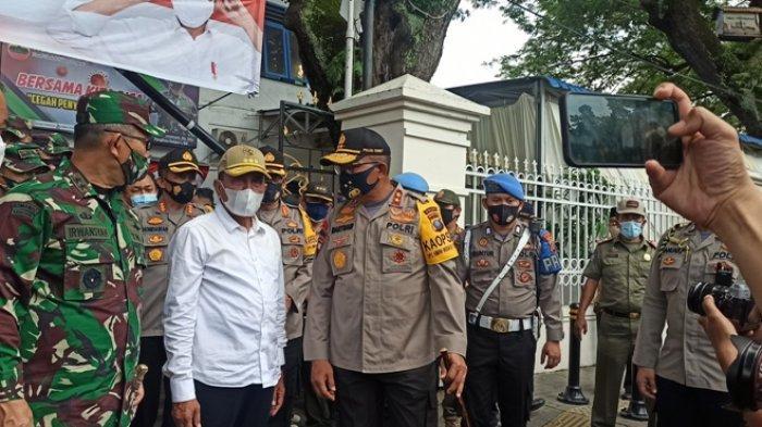 Operasi Yustisi di Lapangan Merdeka, Edy Rahmayadi Bocorkan Obat Covid-19 ke Masyarakat
