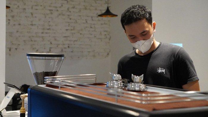 Kisah Inspiratif Mahasiswa USU, Miliki Coffee Shop Beromzet Rp 150 Juta per Bulan