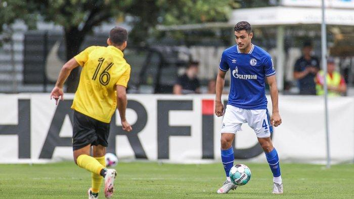 Ozan Kabak resmi bergabung dengan Liverpool dengan status pinjaman dari Schalke