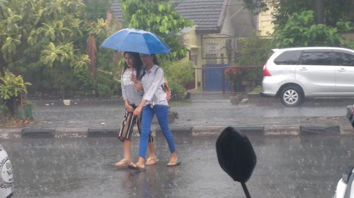 BMKG Memprediksi Medan Dilanda Hujan Hingga Sore Hari