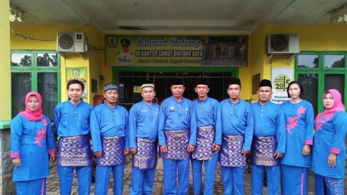 Program Pakaian Melayu saat Bekerja Dimasa Soekirman tak Laku Lagi, ASN Banyak yang Bandal