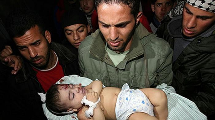 Seorang anak tahanan pria Palestina yang dipenjara di Israel terkena serangan rudal Israel jalur Gaza beberapa waktu lalu.