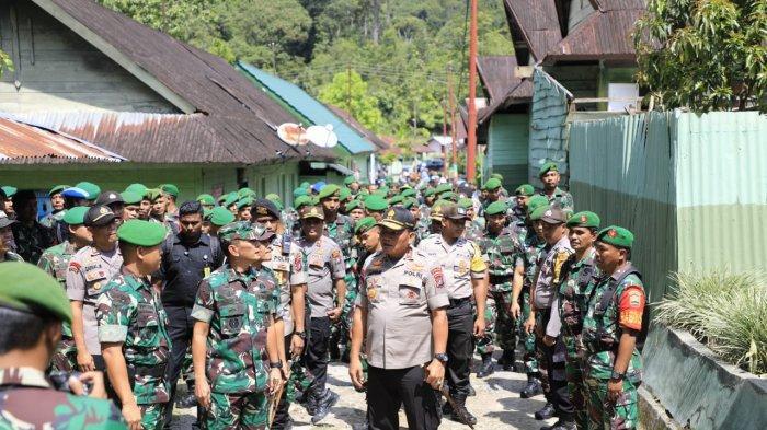 FOTO-FOTO, Kekompakan Pangdam I/BB dan Kapolda Sumut Pascabentrok Oknum TNI vs Polisi di Taput - pangdam-dan-kapolda-4.jpg