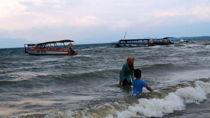 Satgas Covid-19 Kabupaten Toba Wajibkan Surat Bebas Covid bagi Wisatawan yang Berkunjung
