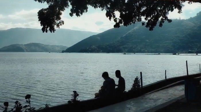 Pantai Putri Lopian Pangururan Di Danau Toba, Cocok Jadi Lokasi Wisata Bersama Keluarga