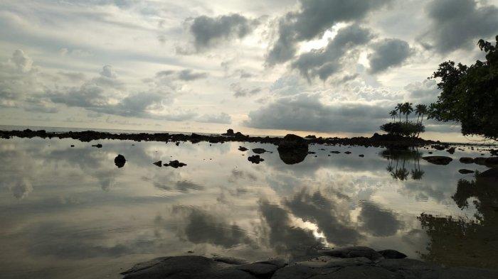 Pantai Teluk Sinata, Surga Tersembunyi di Ujung Sumut