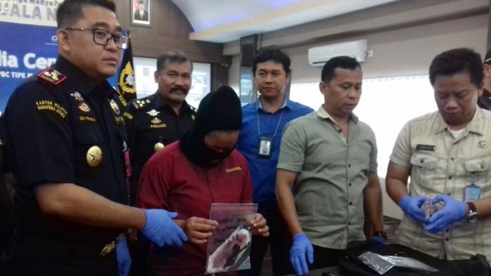 Pembawa Narkoba di Pembalut Sudah Tiga Kali ke Malaysia