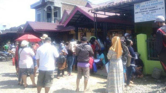 KANTOR Yayasan Sari Asih Nusantara Karo Digeruduk Ratusan Nasabah, Apungkan Permintaan Ini