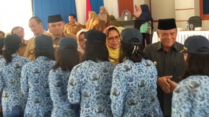 Diangkat jadi PNS, Begini Ungkapan Perasaan Tenaga PTT Kementerian Usai Ucapkan Sumpah/Janji