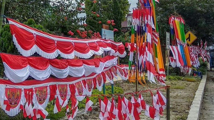 Penjualan Sepi, Pedagang Bendera di Sidikalang Dairi Gigit Jari