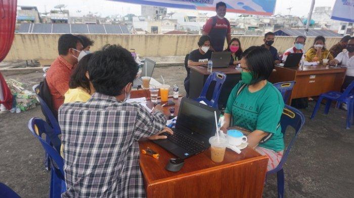 Ribuan Pedagang Pasar Horas Siantar Dapat Bantuan Uang Rp 300 Ribu