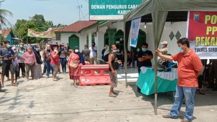 Pedagang Pasar Lelo Mengamuk, Akses Masuk Mendadak Ditutup Satgas Penanganan Covid-19