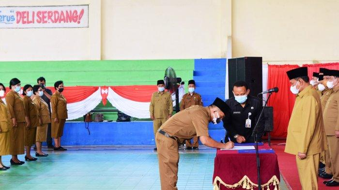 Lantik 276 Pejabat Fungsional, Bupati Ashari Sebut Guru sebagai Profesi Mulia