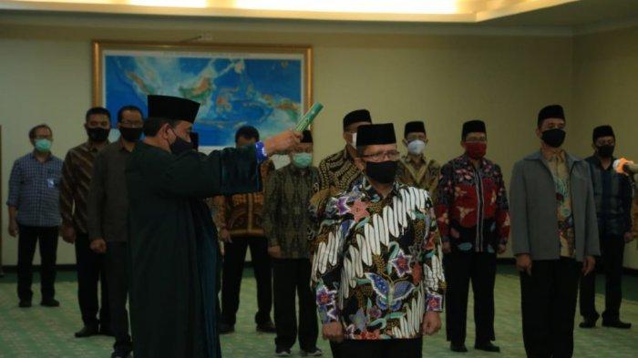 Resmi Dilantik, Prof Syahrin Harahap Jabat Rektor UINSU Periode 2020-2024