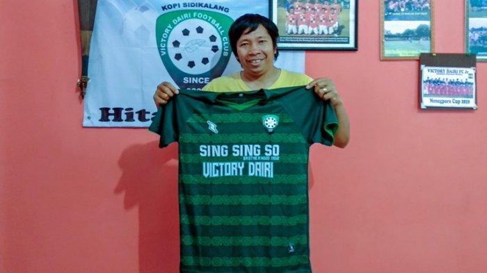 Kenakan Jersey Baru dari Komunitas Suporter PSMS, Victory Dairi Optimistis Lolos Penyisihan Liga 3