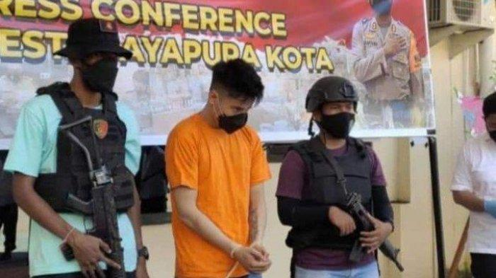 Suasana jumpa pers kasus pembunuhan pedagang emas di Kota Jayapura, Papua, pada 28 Juli 2021.