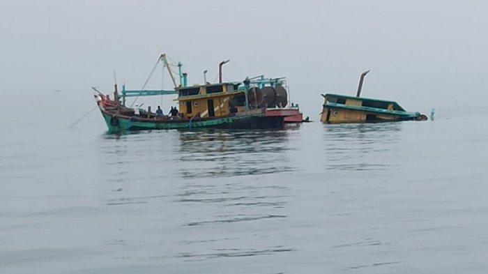 Kapal Malaysia ditenggelamkan di perairan Belawan.