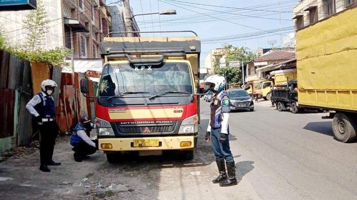 Anggota DPRD Sebut Angkutan Ekspedisi Bikin Rusak Jalan Pukat II, Minta Ada Sanksi