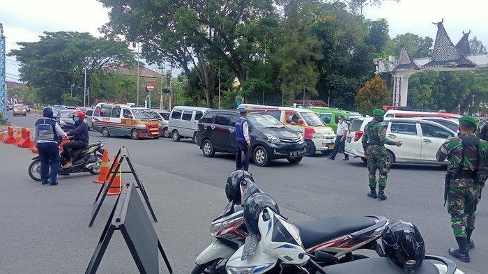 Jalan Sutomo-Merdeka Siantar Ditutup, Ini Syarat Warga yang Bisa Lewat