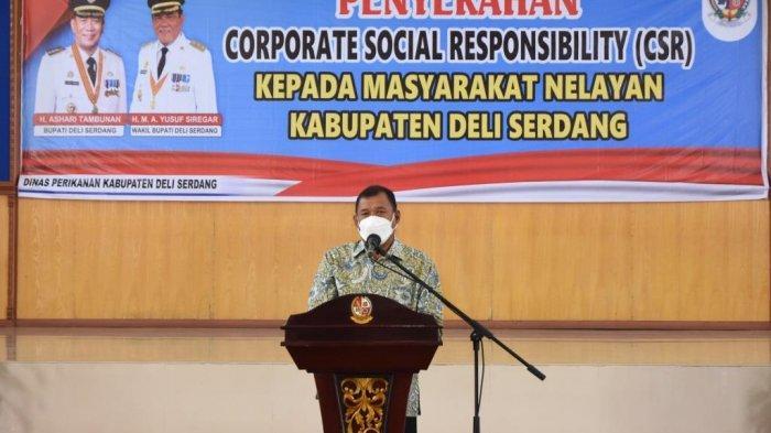 Bupati Deli Serdang Serahkan Bantuan CSR Sembako Sebanyak 460 Paket Kepada Para Nelayan