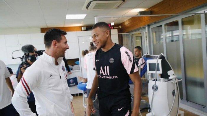 Penyerang Kylian Mbappe menemui Lionel Messi